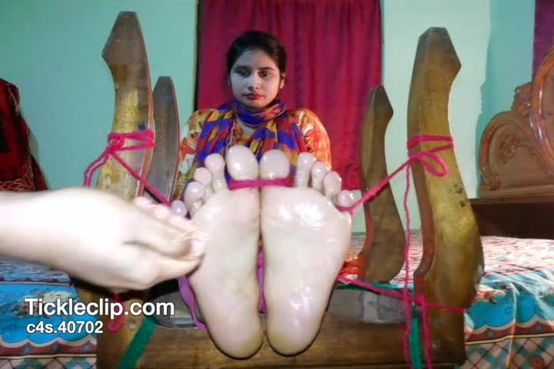 TickleScene – Indian Gita's First Ever Tickle